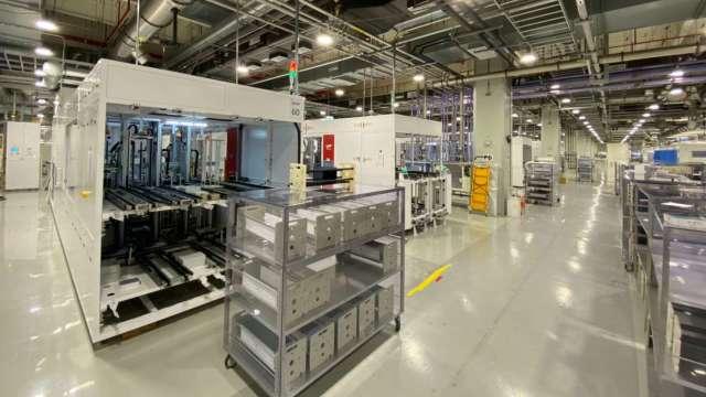 元晶全新大尺寸電池產線、位於新竹湖口廠。(圖:業者提供)