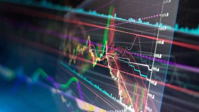 台股上攻不缺席 元大台股系列基金接棒創新高。(圖:shutterstock)