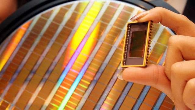 三星推出車用CMOS產品 目標奪下更多市占 (圖片:AFP)