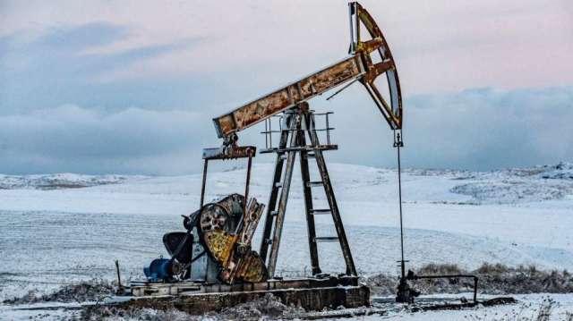 全球經濟逐漸復甦,可望支撐油價反。(圖:AFP))