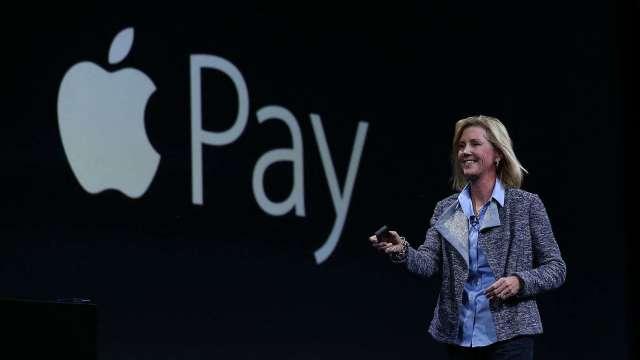 果迷爽買?蘋果傳攜手高盛推「先買後付」服務。(圖片:AFP)