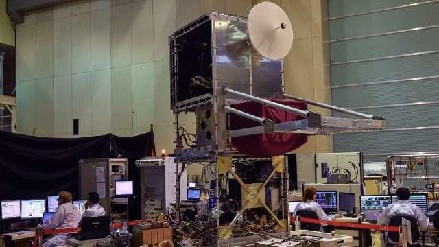 與SpaceX競爭 亞馬遜收購臉書衛星網路團隊(圖片:AFP)