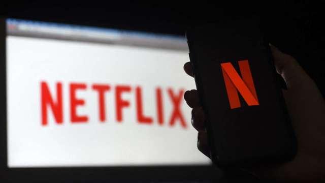 追劇還能打電動?Netflix挖角藝電、臉書前高層 明年推電玩功能  (圖片:AFP)