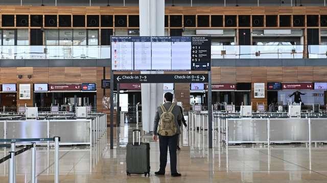 Delta變種病毒衝擊 亞洲航空旅遊恐還需3年時間才能復甦(圖片:AFP)