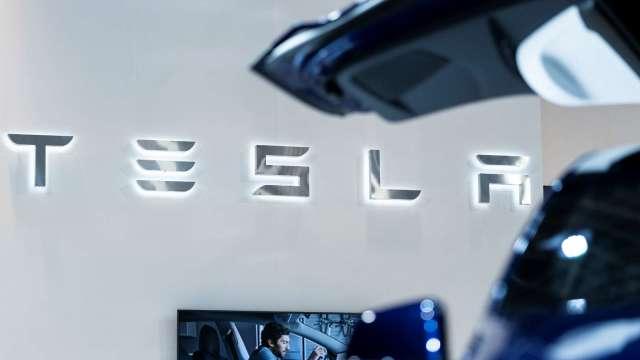 大摩預測特斯拉汽車能飛天 目標價喊1000美元。(圖片:AFP)