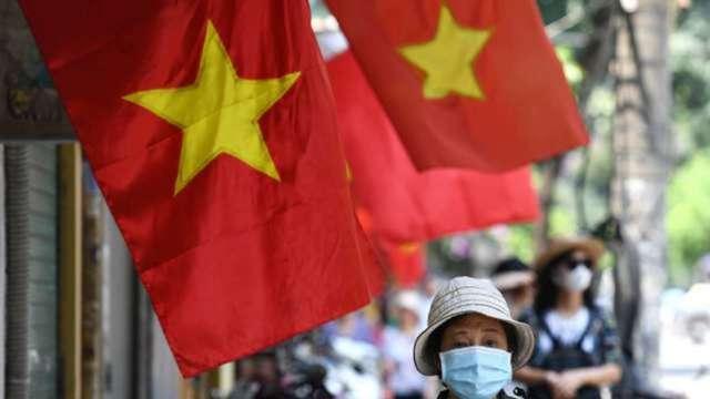 越南承諾不競貶貨幣 緩解美國課關稅疑慮 (圖:AFP)