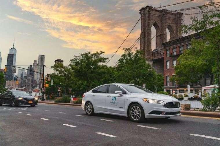 Mobileye 自駕車在紐約市進行道路測試。圖: Mobileye