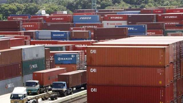 貿易戰和疫情彷彿不曾發生 美中進出口達近年最繁忙水準 (圖:AFP)