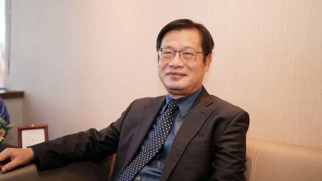 劉源森當選和潤企業和和運租車董事長。(圖:和泰車提供)