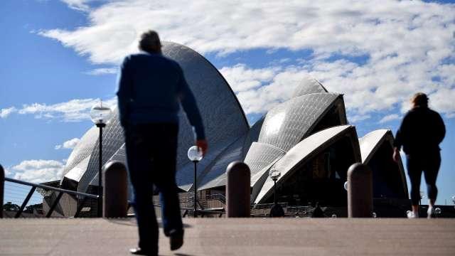 澳洲新南威爾斯新增確診創高 當局擬延長封城、拉高管制 (圖片:AFP)