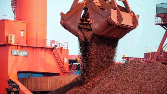 〈商品報價〉BDI連四紅 國際鐵礦石反彈。(圖:AFP)