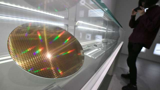 Q2全球矽晶圓出貨面積季增6% 再創新高。(圖:AFP)
