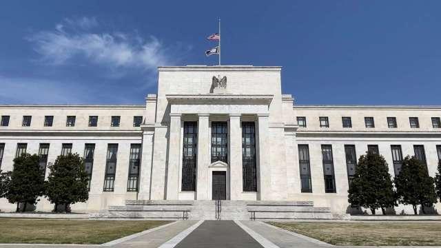 Fed 7月、6月聲明比一比 (圖:AFP)