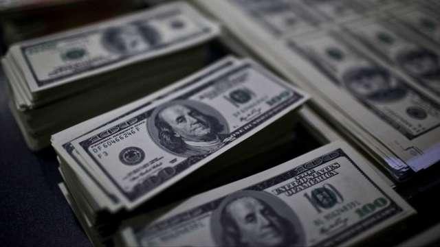 美債實質殖利率跌至新低 停滯性通膨風險不容小覷。(圖:AFP)