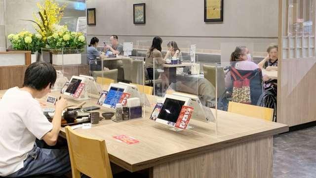 Global Mall部分店點已開放餐飲內用。(圖:環球購物中心提供_