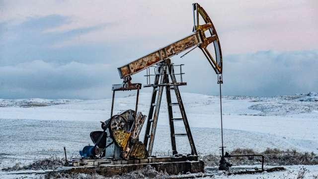 〈能源盤後〉中美數據令人失望 Delta病毒難扼 原油挫逾3% (圖片:AFP)