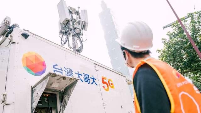 台灣大攜手聯發科、諾基亞 完成5G載波聚合測試。(圖:台灣大提供)