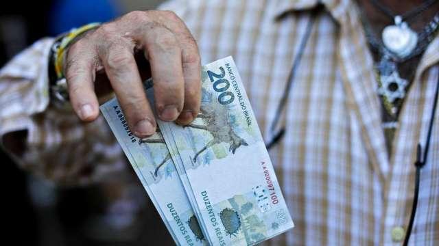 巴西央行抗通膨升息1個百分點 9月再升4碼(圖片:AFP)