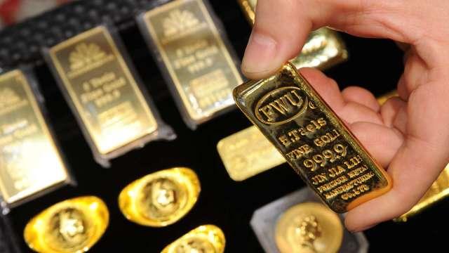 黃金由早盤急殺後縮減跌幅 美國就業數據佳引爆賣壓(圖:AFP)