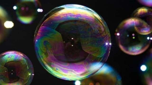 明星投資人:這是我職涯見過最大泡沫 快分散投資吧! (圖:AFP)