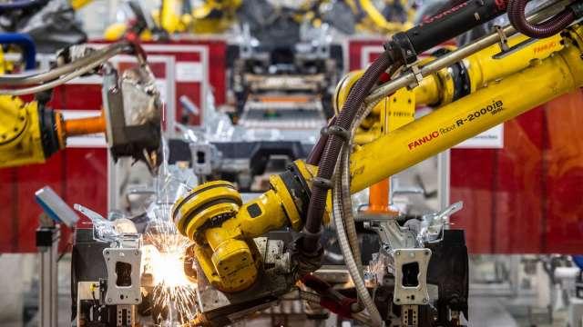 日本7月工具機接單金額年增93.4% 連9個月增長 (圖片:AFP)