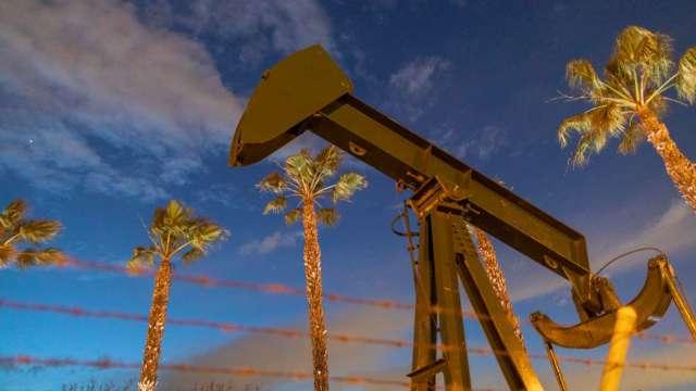 油價漲不停 白宮促OPEC增產穩定價格(圖片:AFP)