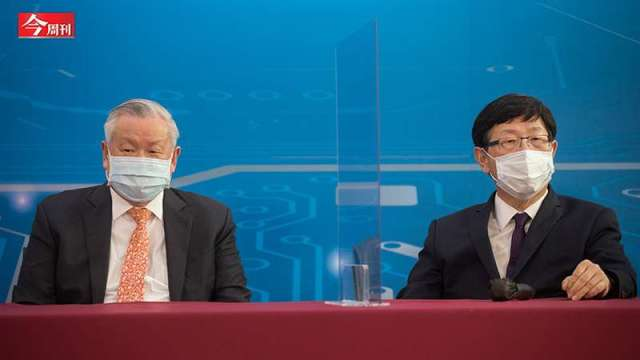 旺宏董事長吳敏求(左)、鴻海董事長劉揚偉(右)。(圖:今周刊)