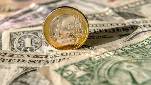 〈每周CFTC報告〉投機者持續看漲美元 對黃金、石油多頭信心轉弱(圖:AFP)