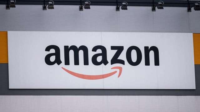 受惠疫情 亞馬遜零售銷售額正式超越沃爾瑪(圖片:AFP)