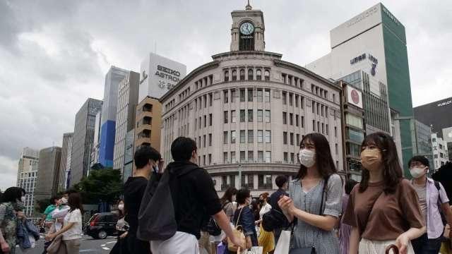 日本COVID-19新增確診 大阪創新高、東京創次高 (圖片:AFP)