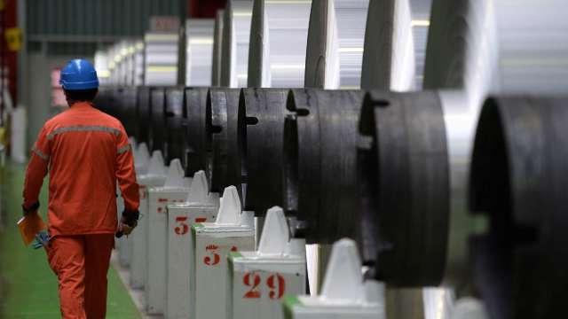 跟進中鋼 中鴻9月內銷盤價開漲 外銷平高盤。(圖:AFP)