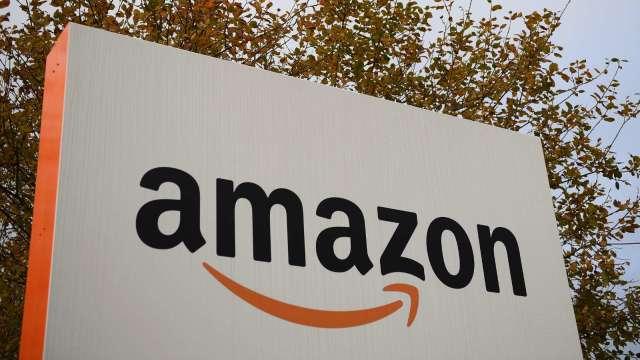 積極拓展實體通路!傳亞馬遜考慮開設類似百貨公司的大型零售據點 (圖:AFP)