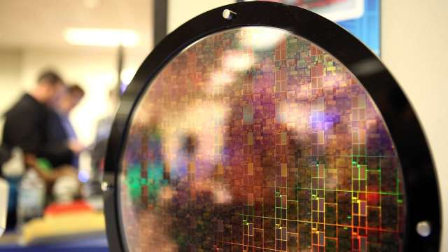 GlobalFoundries:解決晶片短缺 全球產能要在8-10年翻倍(圖:AFP)
