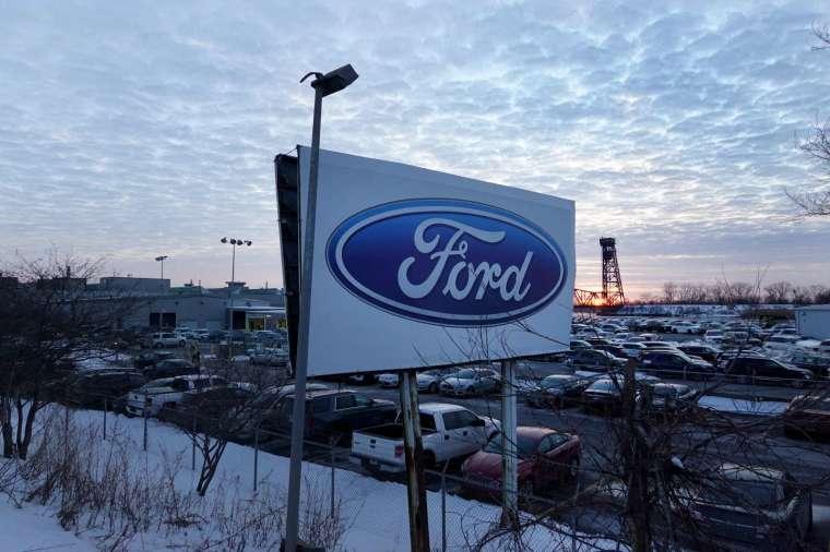 福特宣布暫停位於堪薩斯城 F-150 型號小貨車廠房的運作一週時間 (圖片:AFP)