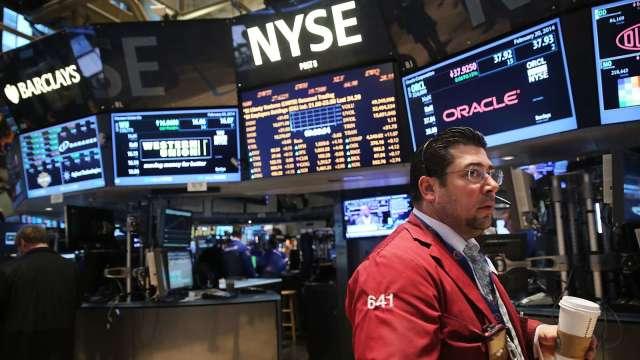 Fed結束Taper前 小摩估仍有兆美元流動性注入市場 (圖片:AFP)