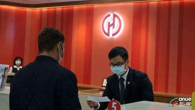 華南金核心子公司華銀獲利貢獻達8成。(鉅亨網資料照)