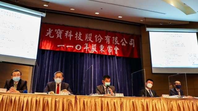 光寶科技董事長宋明峰(中)。(圖:光寶科提供)