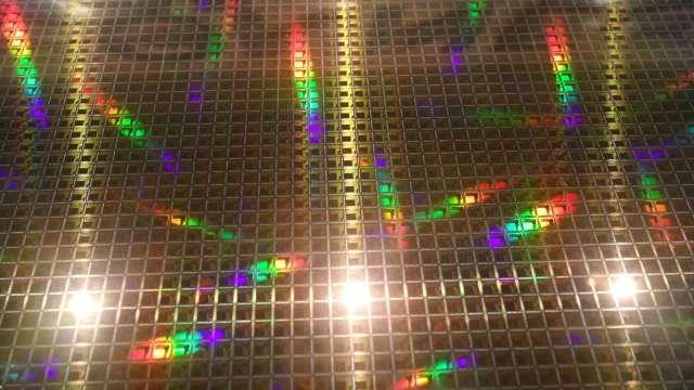 專家:晶片短缺恐短期內無解 企業為此轉變生產模式(圖片:AFP)