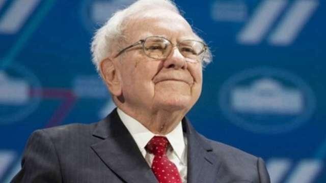 股神過91歲生日!巴菲特日本商社投資一周年賺進20億美元 (圖:AFP)