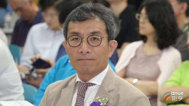 桂盟董事長吳盈進。(鉅亨網記者張欽發攝)