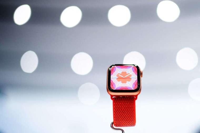 日媒週二報導,蘋果 Apple Watch 7 生產將延遲 (圖片:AFP)