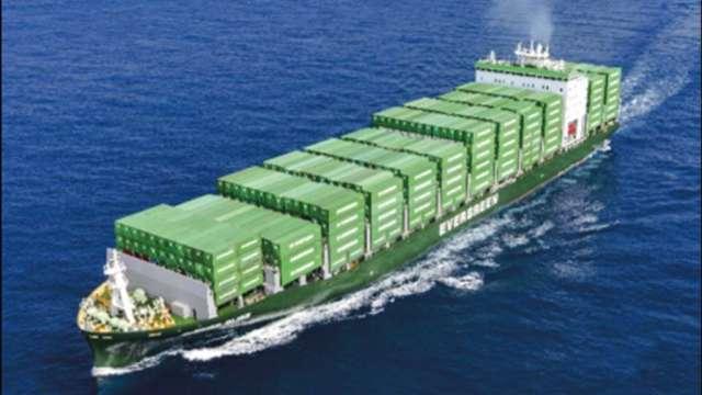 長榮B-type支線型貨櫃船。(圖:台船提供)