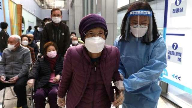 南韓首見境外移入Mu變種病毒 大首爾區防疫限制實施至10月(圖:AFP)