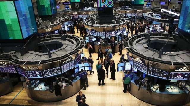 〈美股盤後〉8月非農大爆冷!聯電ADR漲逾6% 道瓊標普收黑 (圖片:AFP)