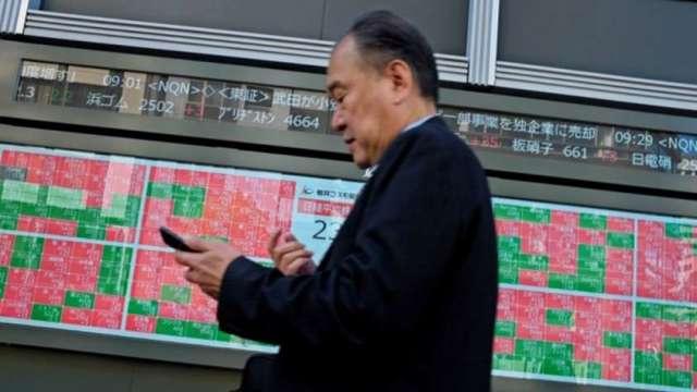日本首相丟震撼彈 股市強勁上漲。(圖片:AFP)