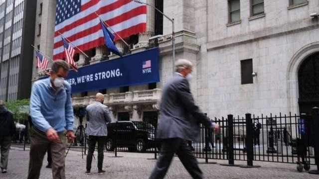 美股周一休市 投資人預計重新關注企業獲利成長(圖:AFP)
