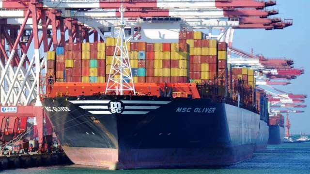 中國8月進、出口雙升 貿易順差583.4億美元優於預期(圖片:AFP)