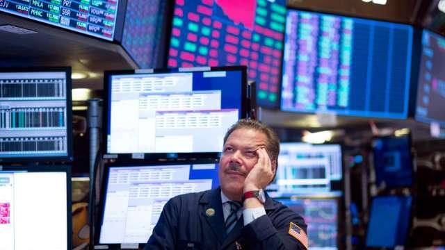 〈美股盤後〉台積電ADR晶片股跌落 四大指數盡墨 (圖片:AFP)