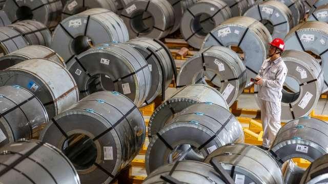 鋁價登13年高點後將續漲?市場看法分兩派 (圖片:AFP)
