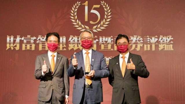 財富管理評鑑 上海商銀勇奪最佳風控獎第一名。(圖:上海商銀提供)
